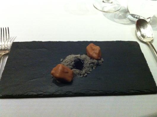 Ametsa moonrocks setting the mood for the arrival of the dessert courses