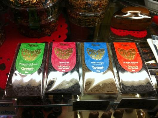 More traditional raw chocolate bars