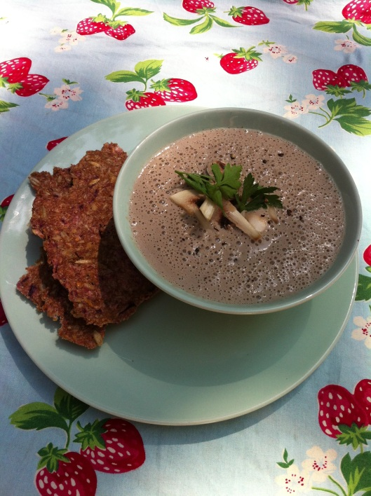 mushroom-soup-and-onion-bread